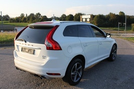 Volvo XC60 D4 AWD Momentum R-Design 134'000 km 16'980 CHF - buy on carforyou.ch - 3