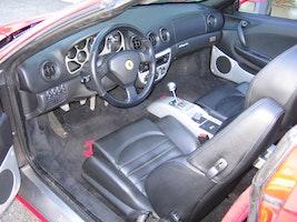 Ferrari 360 F360 Spider 65'400 km 94'500 CHF - buy on carforyou.ch - 3