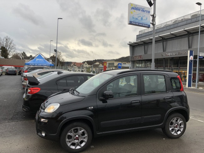 saloon Fiat Panda 0.9T.airClimbing4x4