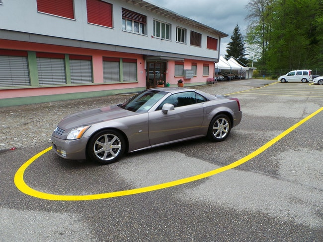 Cadillac XLR 4.6 32V 82'000 km CHF16'999 - buy on carforyou.ch - 1