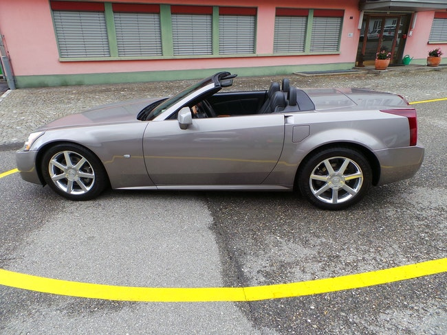 Cadillac XLR 4.6 32V 82'000 km CHF16'999 - acheter sur carforyou.ch - 1
