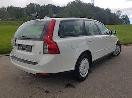 Volvo V50 1.6 D Momentum 99'600 km 6'850 CHF - buy on carforyou.ch - 2