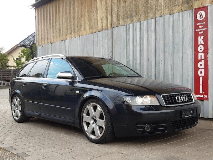 Audi S4 / RS4 S4 Avant 4.2 V8 quattro 285'000 km CHF5'000 - acheter sur carforyou.ch - 1