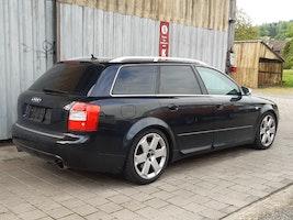 Audi S4 / RS4 S4 Avant 4.2 V8 quattro 285'000 km CHF5'000 - acheter sur carforyou.ch - 2