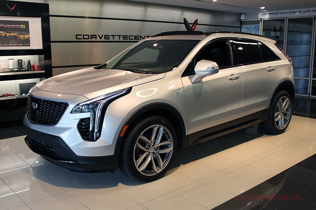 Cadillac XT4 2.0 T Sport AWD 100 km 63'750 CHF - buy on carforyou.ch - 1