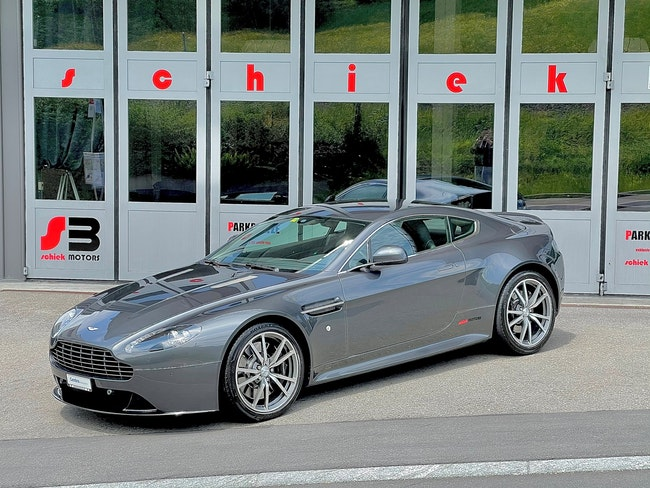 Aston Martin V8/V12 Vantage S V8 Vantage 4.7 S Sportshift 27'500 km 76'899 CHF - acquistare su carforyou.ch - 1
