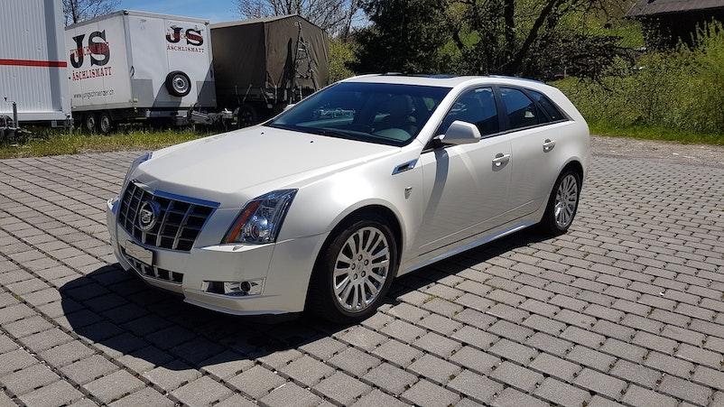 Cadillac CTS Sport Wagon 3.6 Sport Luxury AWD 189'500 km CHF8'900 - buy on carforyou.ch - 1