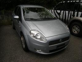 Fiat Punto 1.4 16V Dynamic 166'000 km 1'500 CHF - buy on carforyou.ch - 2