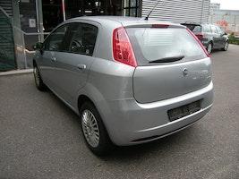 Fiat Punto 1.4 16V Dynamic 166'000 km 1'500 CHF - buy on carforyou.ch - 3