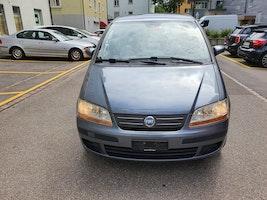Fiat Idea 1.4 16V Active 156'000 km 1'900 CHF - buy on carforyou.ch - 3