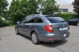 Skoda Superb Combi 3.6 V6 FSI Elegance 4x4 DSG 105'165 km 11'900 CHF - buy on carforyou.ch - 3