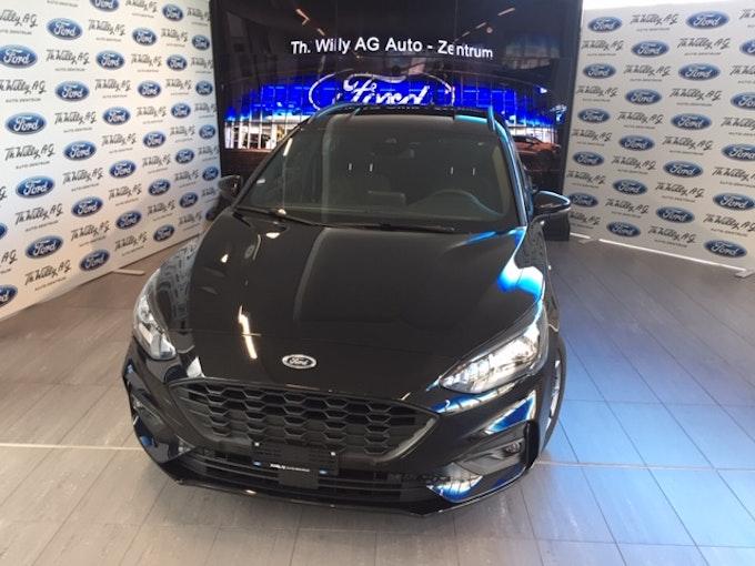 Ford Focus Station Wagon 1.0i EcoB 125 ST-Line 10'000 km 24'900 CHF - buy on carforyou.ch - 1