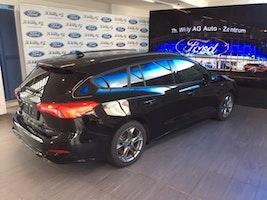 Ford Focus Station Wagon 1.0i EcoB 125 ST-Line 10'000 km 24'900 CHF - buy on carforyou.ch - 3