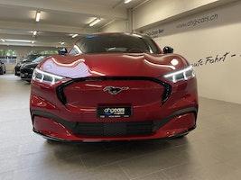 Ford Mustang Mach-E Standard AWD 3'000 km 59'340 CHF - buy on carforyou.ch - 2
