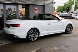 Audi A5 Cabriolet 40 TDi S line 4'000 km 51'800 CHF - buy on carforyou.ch - 3