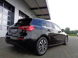 Mercedes-Benz A-Klasse A 160 Style 18'900 km 27'900 CHF - buy on carforyou.ch - 2