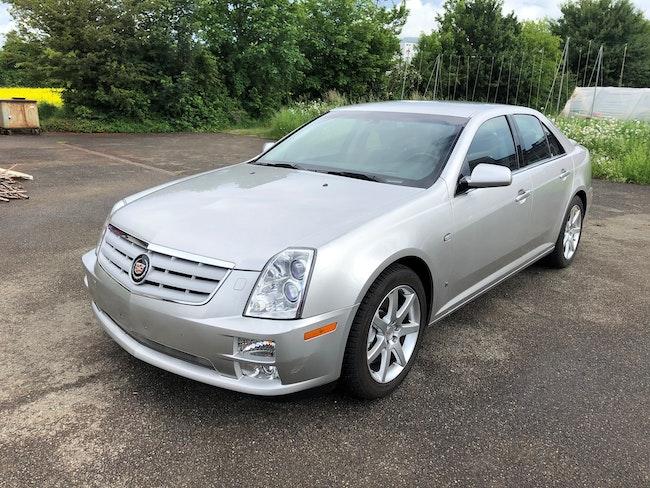 Cadillac STS 4.6 V8 Sport Luxury AWD 142'000 km 8'900 CHF - acheter sur carforyou.ch - 1