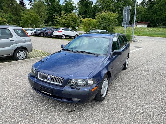 Volvo S40/V40 V40 2.0T 268'000 km 1'450 CHF - buy on carforyou.ch - 1