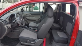Mitsubishi L200 L 200 2.2 CC KMU Professional 1 km 27'900 CHF - buy on carforyou.ch - 3
