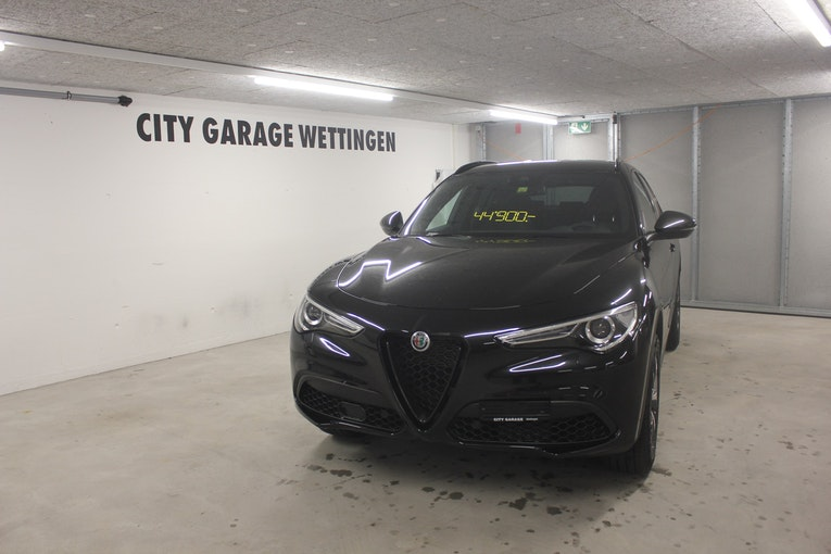 Alfa Romeo Stelvio 2.0 Sport Q4 Automatic 15'000 km 44'900 CHF - buy on carforyou.ch - 1