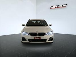 BMW 3er 330 d xDriveTouring M Sport xDrive Mild Hybrid Aut. 6'684 km 51'889 CHF - buy on carforyou.ch - 3