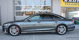 Audi S8 TFSI quattro tiptronic 14'900 km CHF109'800 - buy on carforyou.ch - 2