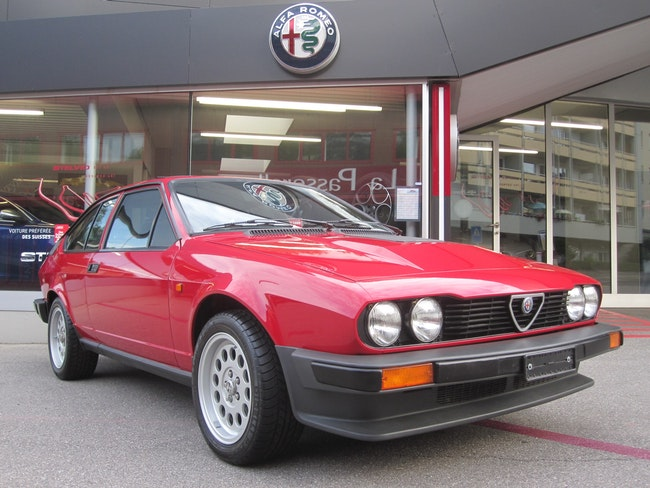 Alfa Romeo GTV 6 2.5 22'000 km 39'900 CHF - acquistare su carforyou.ch - 1