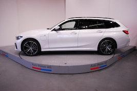 BMW 3er 320e xDr Tour M Sport 10 km 69'900 CHF - buy on carforyou.ch - 2