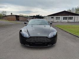 Aston Martin V8/V12 Vantage S V8 Vantage 4.7 S Sportshift SP10 13'800 km CHF69'999 - buy on carforyou.ch - 2