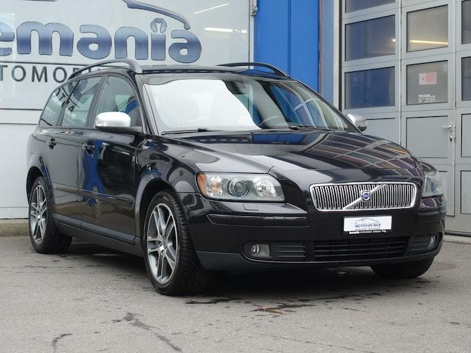 Volvo V50 2.0D Momentum 199'170 km 2'500 CHF - buy on carforyou.ch - 1