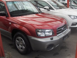 Subaru Forester 2.0X Comfort Automatic 177'000 km 4'900 CHF - buy on carforyou.ch - 2