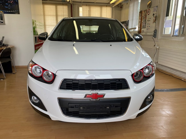 Chevrolet Aveo 1.6 LTZ 133'000 km 4'650 CHF - buy on carforyou.ch - 1