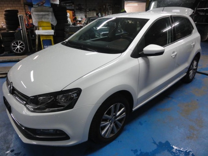 VW Polo 1.2 TSI BMT Comfortline DSG 33'800 km 13'990 CHF - buy on carforyou.ch - 1