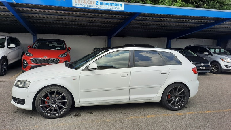 Audi A3 2.0 TDI Ambiente S-tronic 198'000 km 6'900 CHF - buy on carforyou.ch - 1