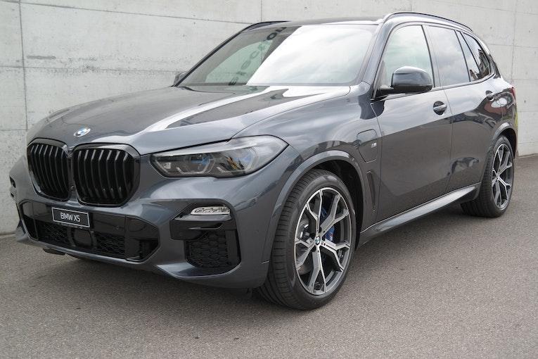 BMW X5 xDrive45e M Sport 10 km 109'900 CHF - buy on carforyou.ch - 1
