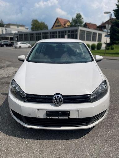 VW Golf 1.6 TDI Trendline DSG 252'000 km 6'300 CHF - buy on carforyou.ch - 1