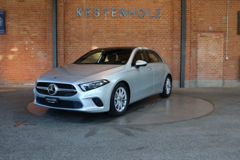 Mercedes-Benz A-Klasse A 220 Progressive 4Matic 2'100 km 42'800 CHF - buy on carforyou.ch - 1