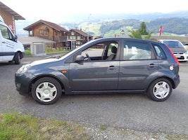 Ford Fiesta 1.6 16V Trend 181'100 km 999 CHF - buy on carforyou.ch - 3