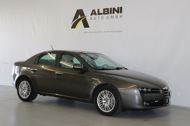 Alfa Romeo 159 1.9 JTD Lusso Limited Edition 217'985 km 5'900 CHF - acheter sur carforyou.ch - 1