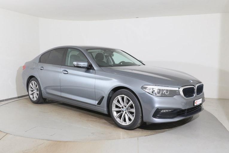 BMW 5er 520 d Sport Line Steptronic 18'366 km 33'980 CHF - buy on carforyou.ch - 1