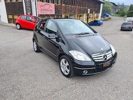 Mercedes-Benz A-Klasse A 160 (150) BlueEfficiency Elégance 139'000 km 4'900 CHF - buy on carforyou.ch - 3