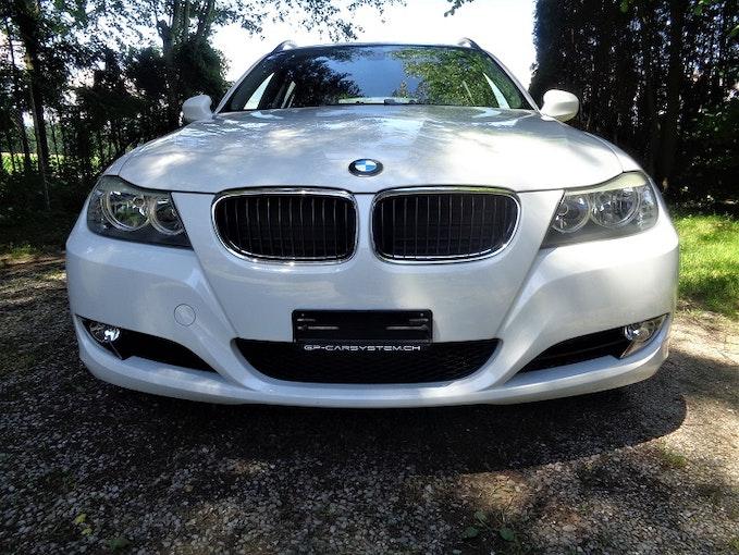 BMW 3er 320i Touring 188'000 km 6'900 CHF - buy on carforyou.ch - 1