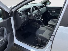 Dacia Duster COMFORT TCe 130 PF 4WD 50 km 20'890 CHF - kaufen auf carforyou.ch - 3