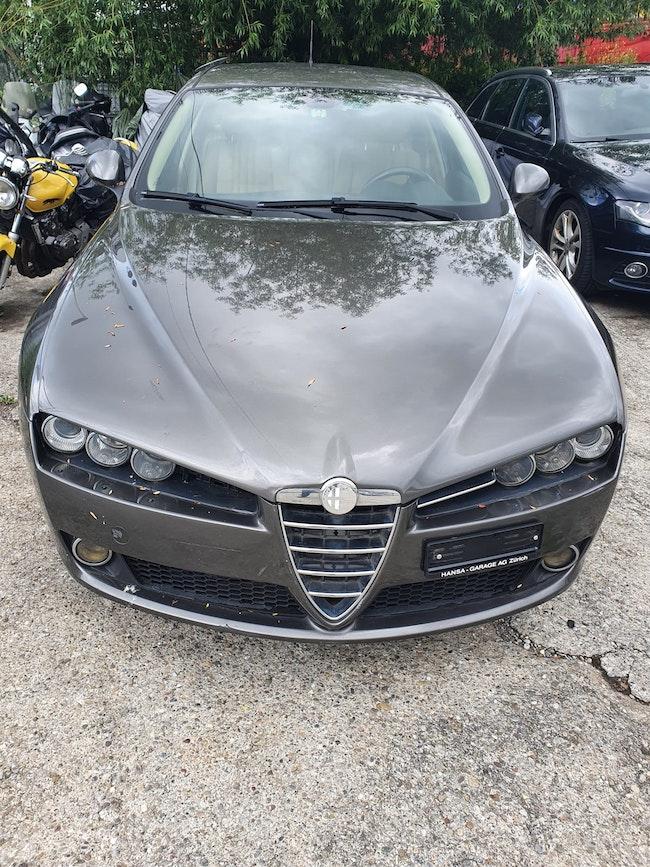 Alfa Romeo 159 Sportwagon 2.4 JTD Distinctive 160'000 km 1'800 CHF - acheter sur carforyou.ch - 1