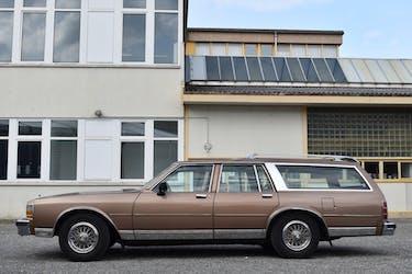 Chevrolet Caprice 5.0 Classic 290'000 km CHF17'600 - acquistare su carforyou.ch - 3