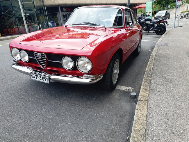 Alfa Romeo 1750 ALFA ROMEO 1750 10'000 km 60'000 CHF - acquistare su carforyou.ch - 1