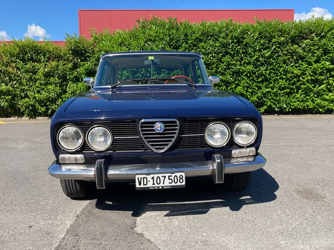 Alfa Romeo 2000 Berlina 115 (2000) 74'200 km CHF27'900 - buy on carforyou.ch - 1