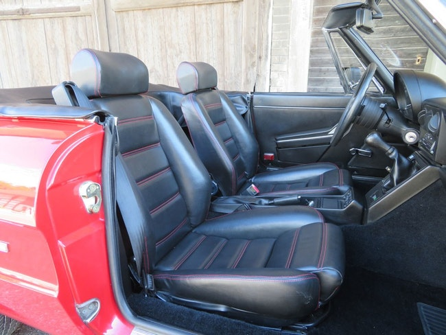 Alfa Romeo Spider 2.0 38'000 km 19'500 CHF - buy on carforyou.ch - 1