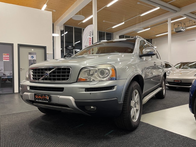 Volvo XC90 D5 AWD Executive Geartronic 178'000 km 9'900 CHF - buy on carforyou.ch - 1
