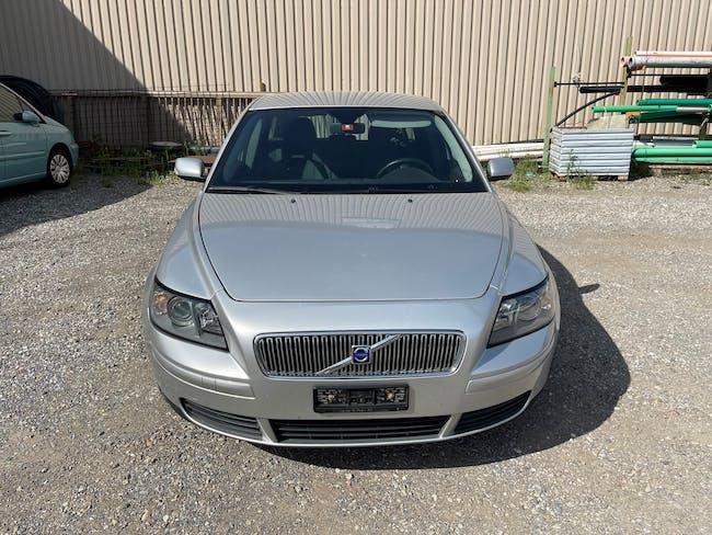 Volvo V50 2.0D 218'890 km CHF1'900 - buy on carforyou.ch - 1